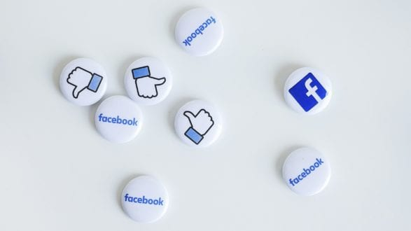Featured-Dont-reply-on-Facebook